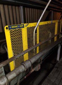 Conveyor belt guard