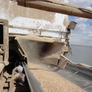 Off center conveyor loading